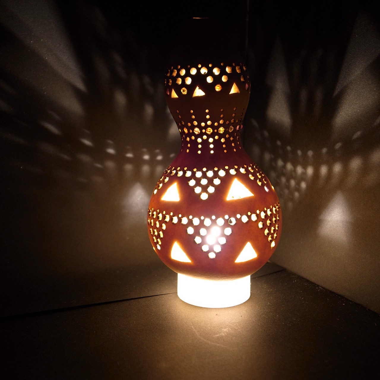 ふわふわ パステル&曼荼羅アート・ひょうたんライト教室